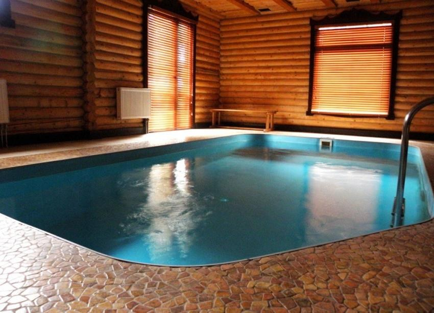 Inside Huge Houses wooden houses with swimming pools - your personal heaven!