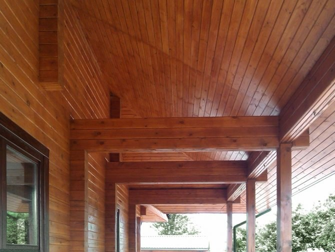 Glulam Beams: wooden home from glued laminated timber