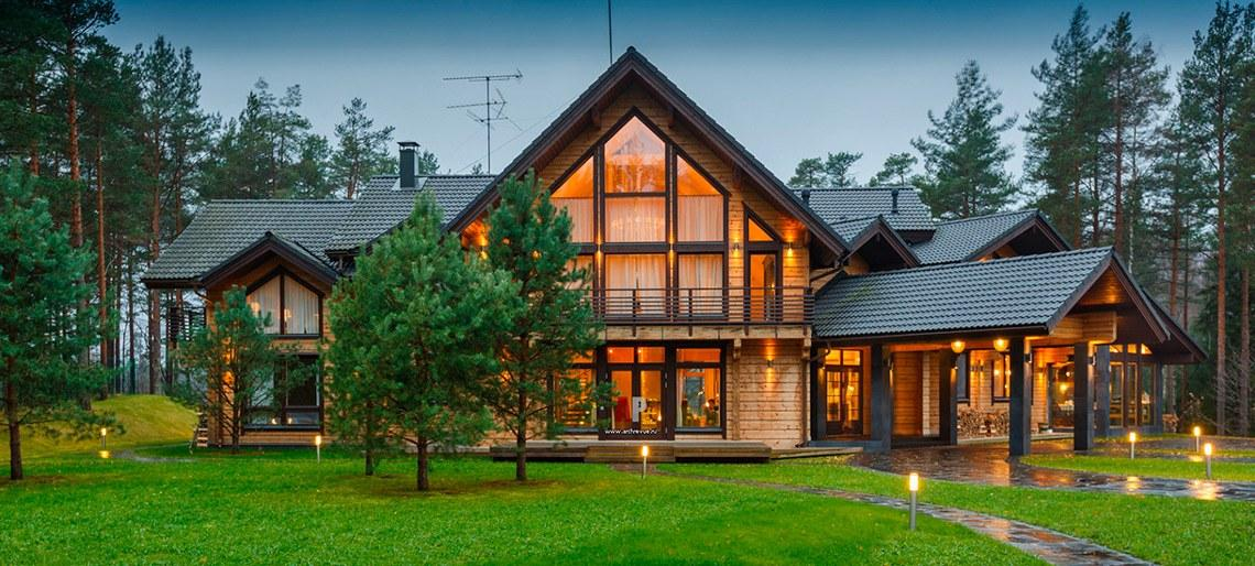 Wooden house log house timber house design construction Homes with lots of beautiful natural wood